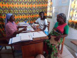 Consultation à la maternité